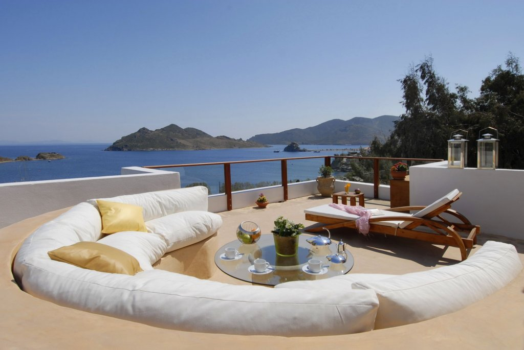 Petra Hotel And Suites, Patmos Image 19