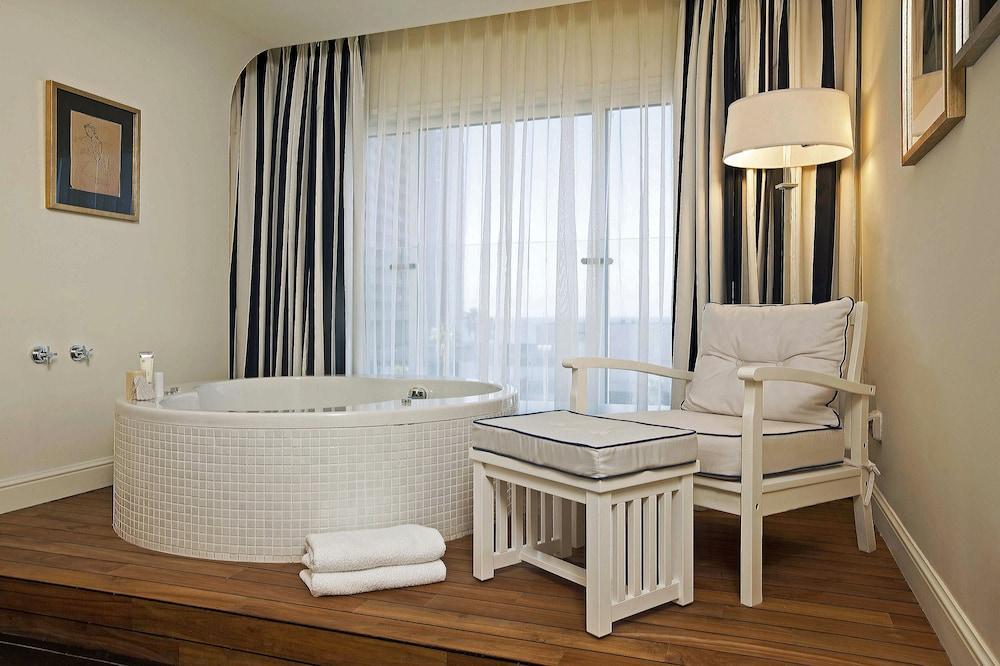 Shalom Hotel & Relax An Atlas Boutique Hotel,  Tel Aviv Image 5