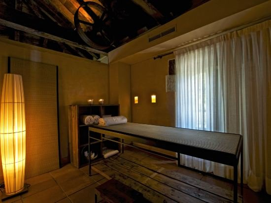 Hacienda Zorita Wine Hotel & Spa, Valverdon Image 10