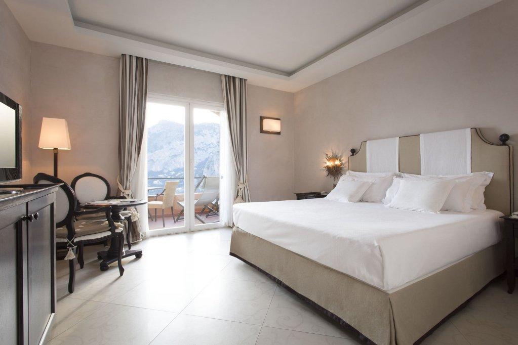 Hotel Punta Tragara, Capri Image 8