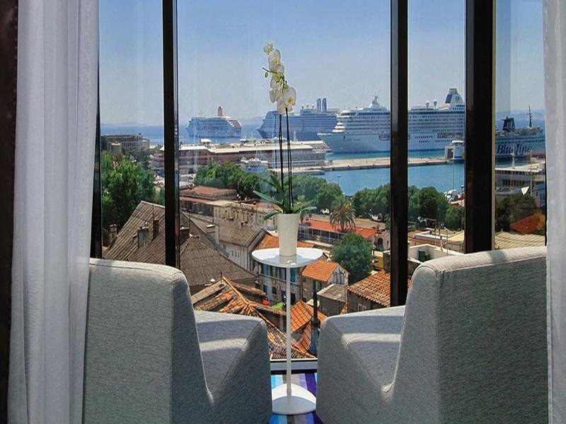Boutique Hotel Luxe Image 6