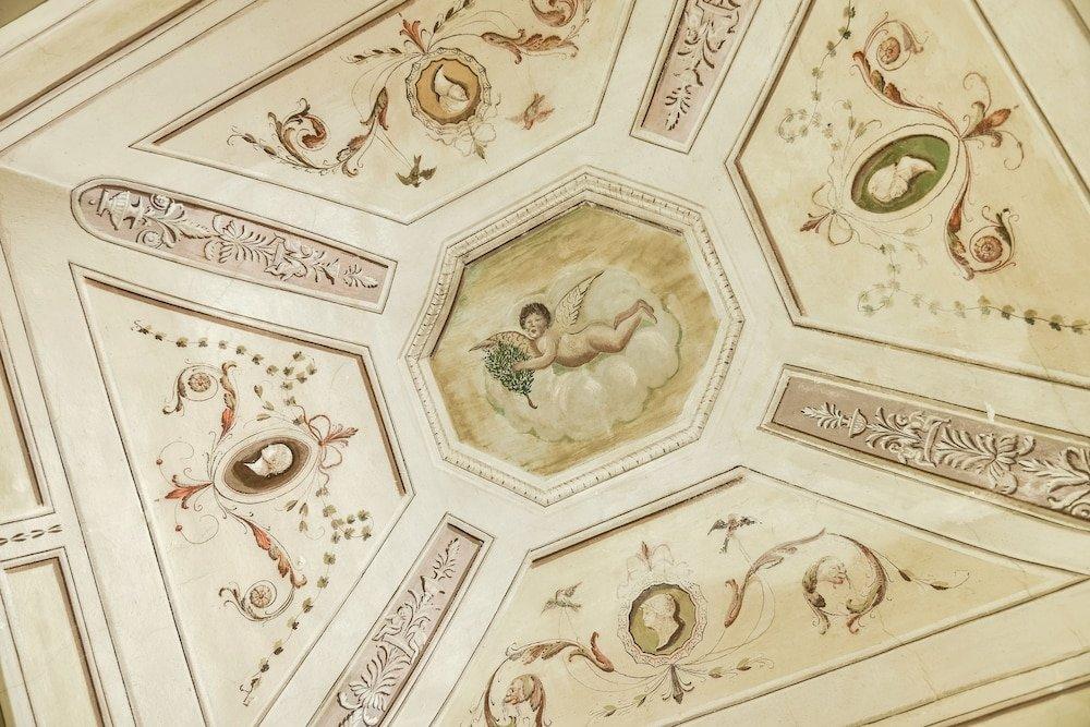 Palazzo Coli Bizzarrini, Siena Image 6