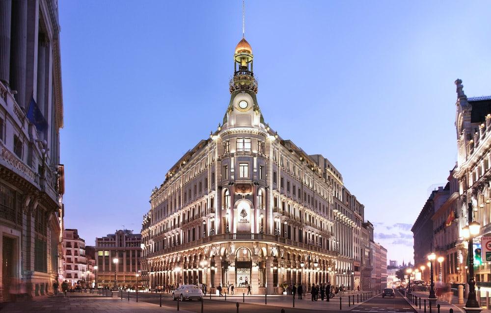Four Seasons Hotel Madrid Image 4