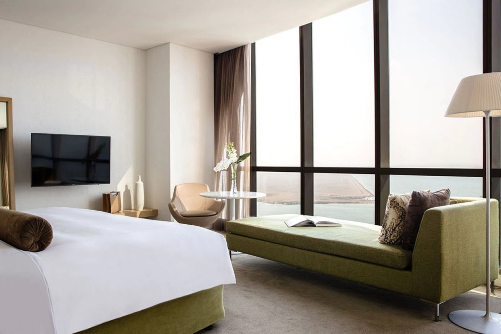 Jumeirah At Etihad Towers Hotel, Abu Dhabi Image 28