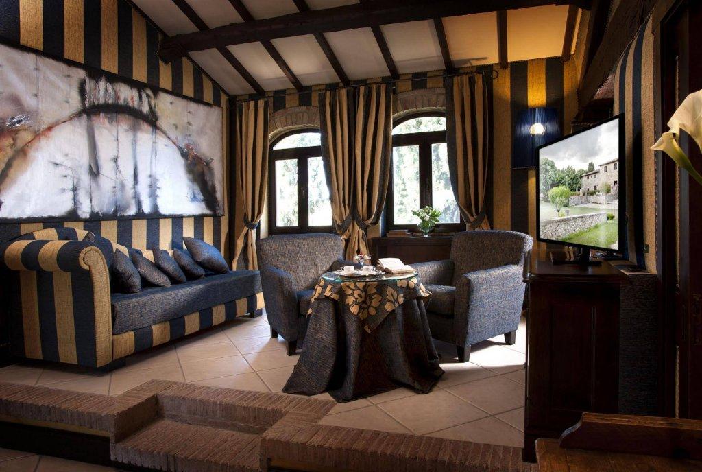 Castel Porrona Relais & Spa,  Cinigiano Image 2