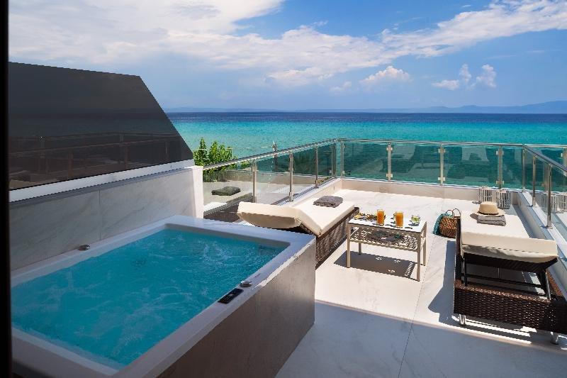 Sea Level Hotel Polychrono Image 27