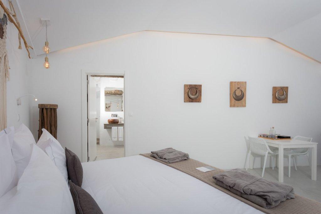 White Exclusive Suites & Villas, Lagoa Image 9