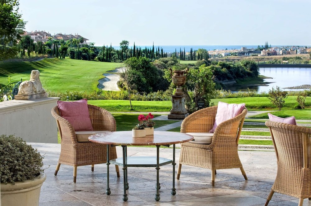 Anantara Villa Padierna Palace Benahavís Marbella Resort Image 11