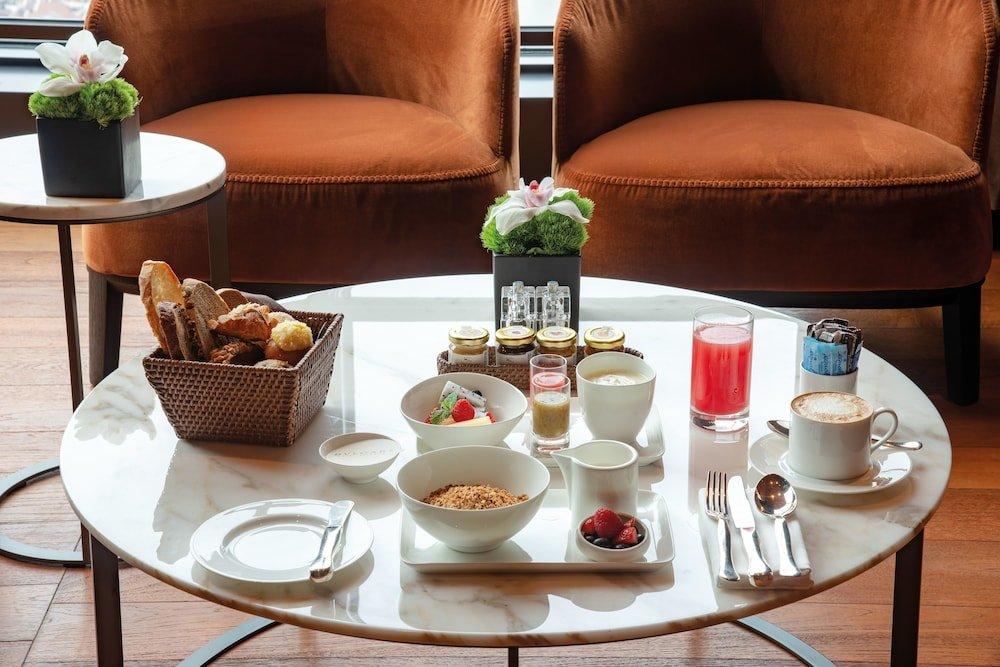Bulgari Hotel Shanghai Image 4