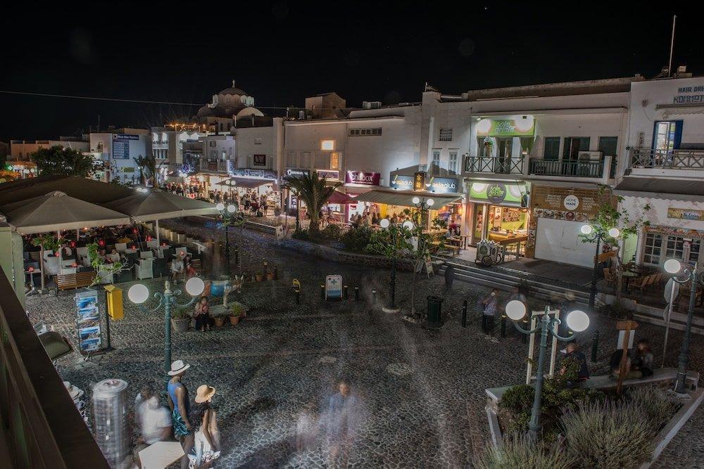 Santorini Main Square Image 0