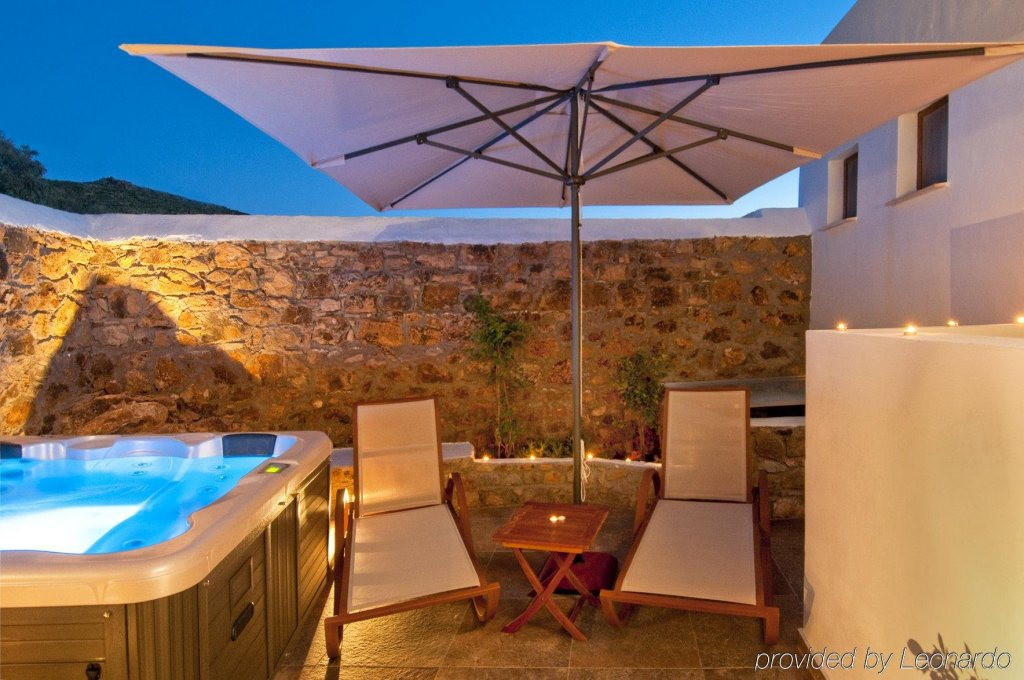 Petra Hotel And Suites, Patmos Image 28