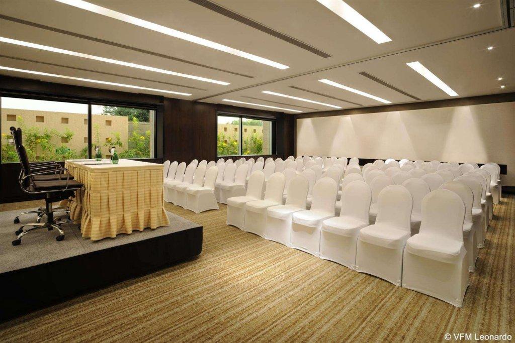 Hilton Bangalore Embassy Golflinks Image 10