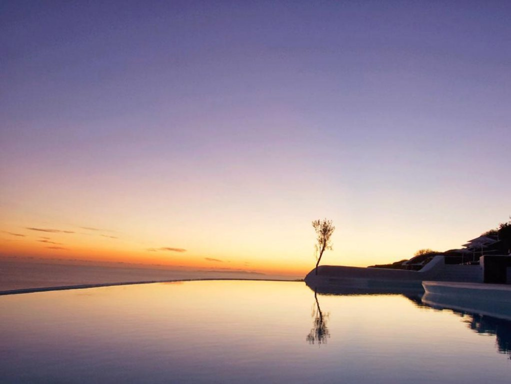 Carpe Diem Santorini Image 33