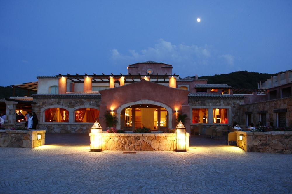 Colonna Pevero Hotel, Porto Cervo Image 6
