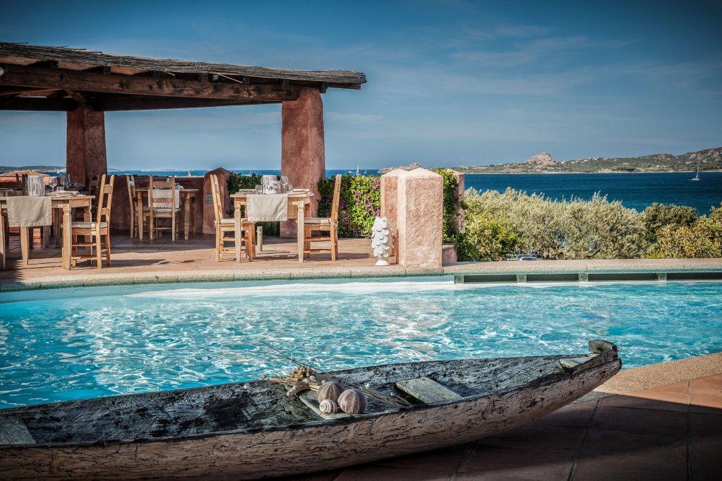 Villa Del Golfo Lifestyle Resort, Cannigione Image 4