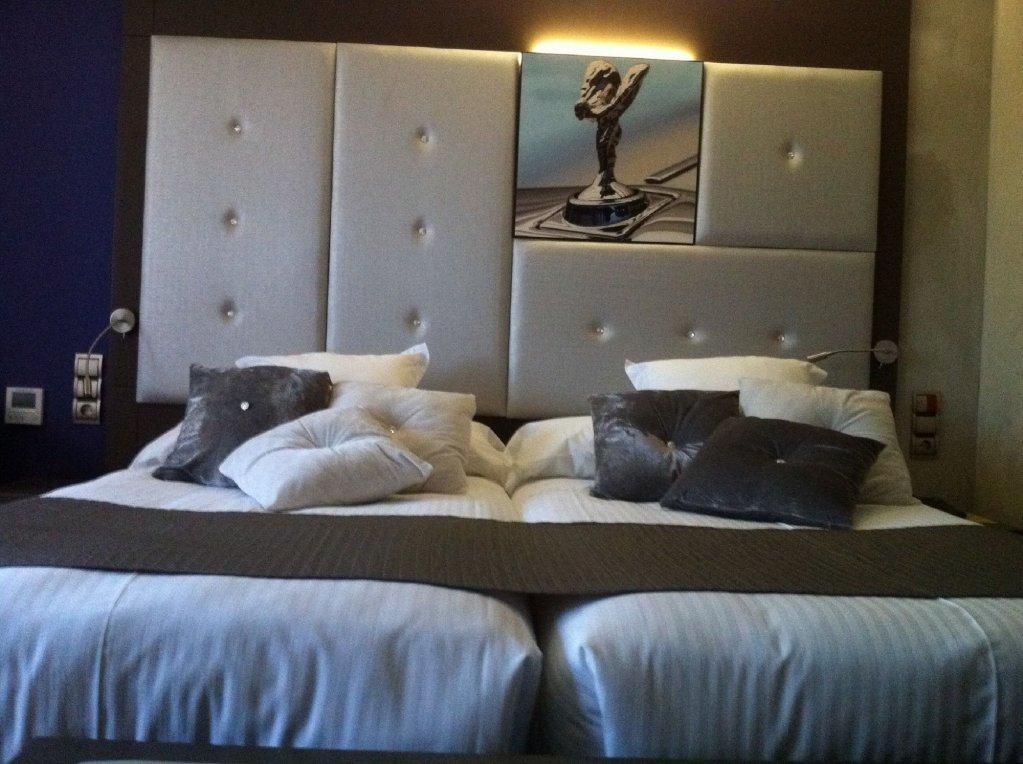 Costa Esmeralda Suites, Suances Image 3
