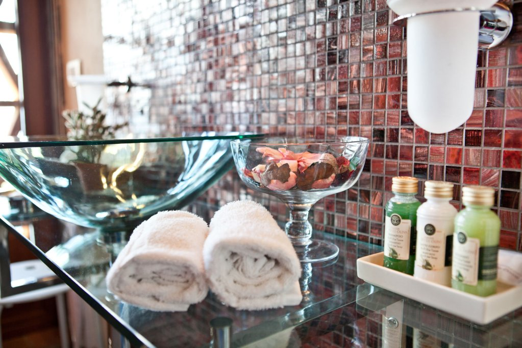 Tenuta San Pietro Hotel & Restaurant, Lucca Image 10