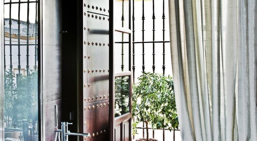Hotel Palacio De Villapanes, Seville Image 7