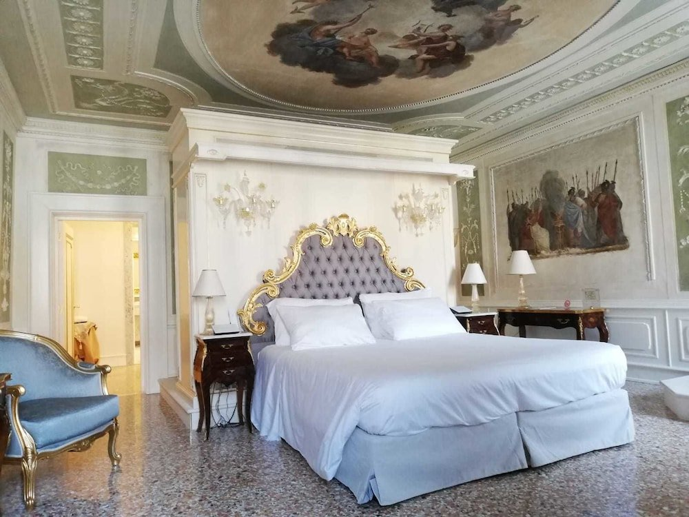 Ca' Bonfadini Historic Experience, Venice Image 6