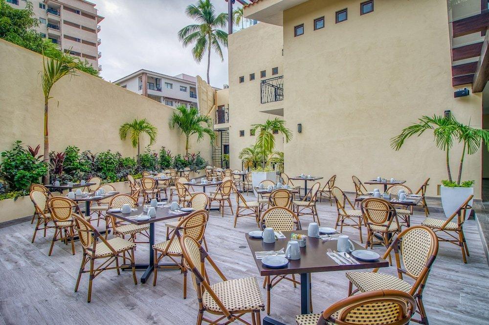 Hotel Casa Nicole, Puerto Vallarta Image 28