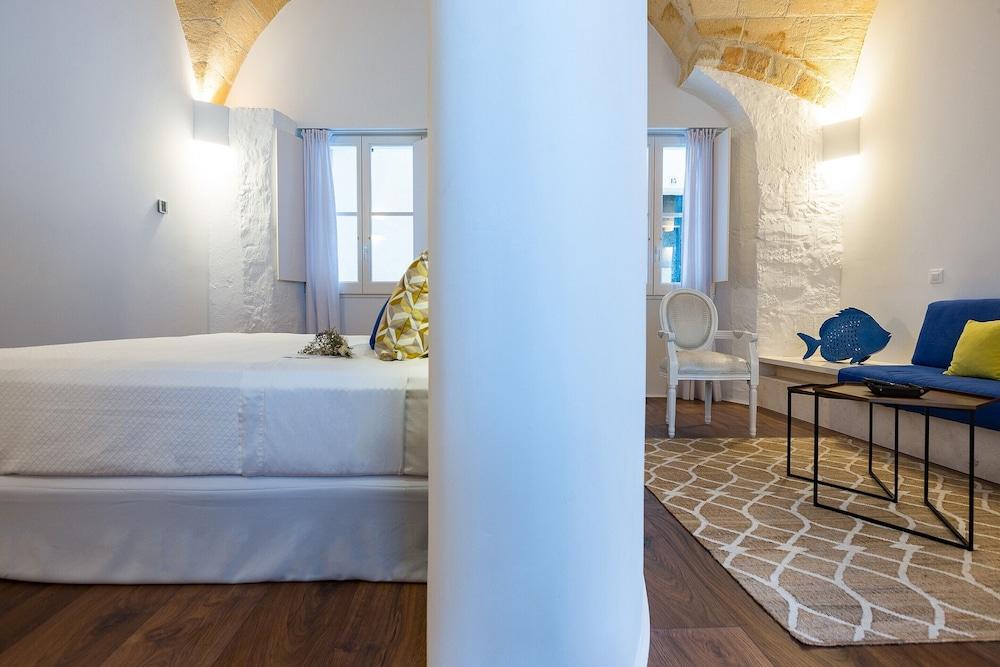 Divina Suites Hotel Boutique, Son Xoriguer, Menorca Image 3