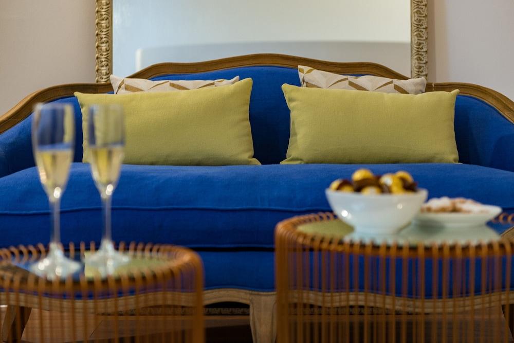 Divina Suites Hotel Boutique, Son Xoriguer, Menorca Image 19