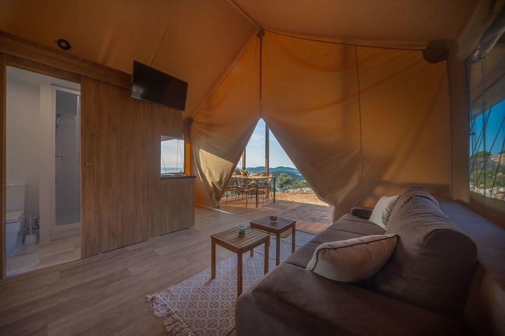 Glamping Tents Trasorka - Campsite, Mali-losinj Image 6