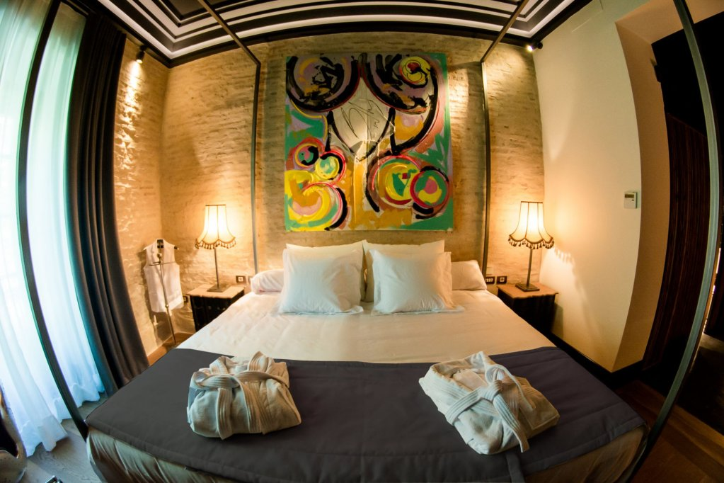 Hotel Lobby Room Seville Image 3