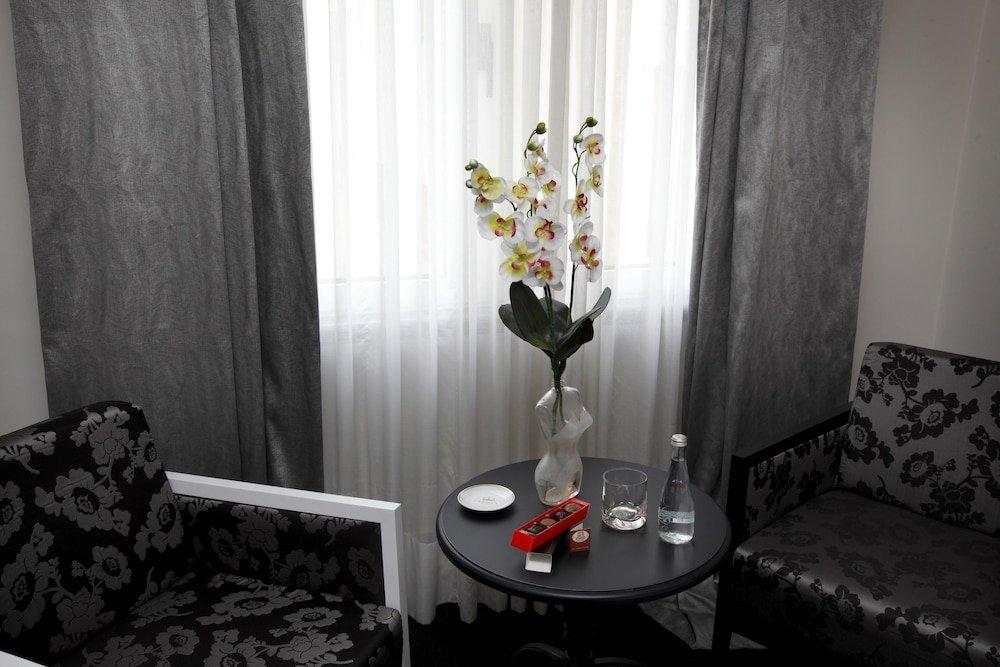 Hotel Lopez De Haro, Bilbao Image 4
