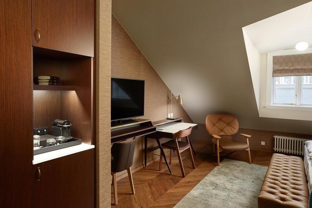 Reykjavik Konsulat Hotel, Curio Collection By Hilton Image 24