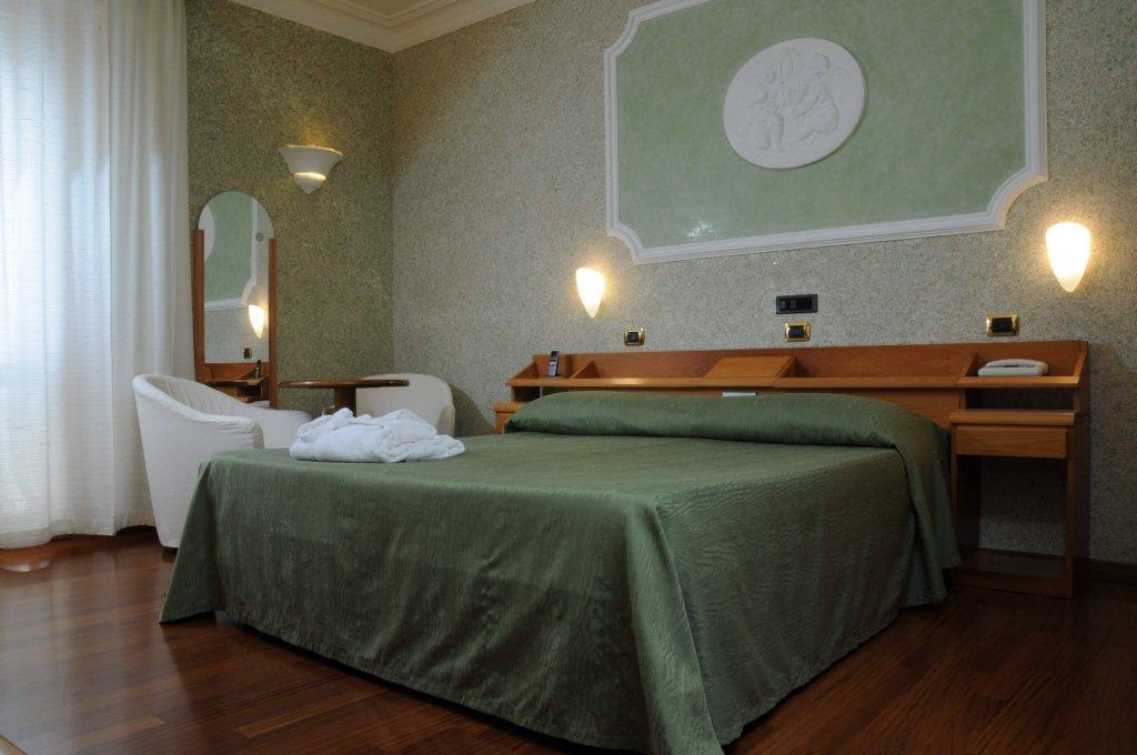 Grand Hotel Ambasciatori Wellness & Spa, Sorrento Image 6