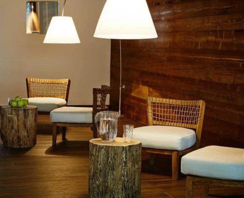 Montana Lodge & Spa, La Thuile Image 6