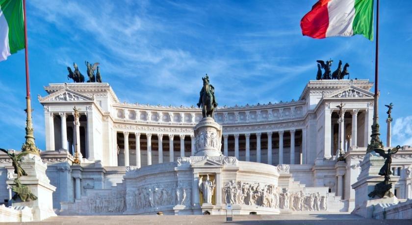 Le Quattro Dame Luxury Suites, Rome Image 1