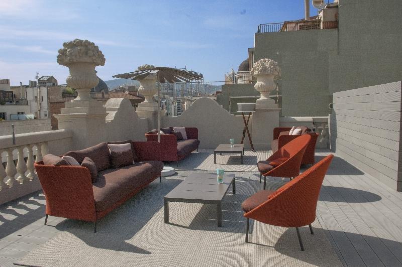 Casagrand Luxury Suites, Barcelona Image 4