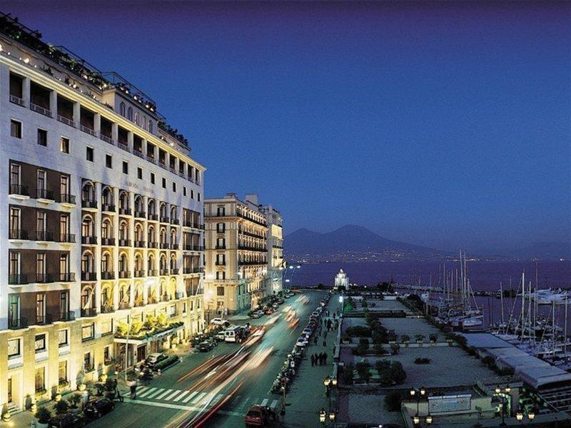 Grand Hotel Vesuvio, Naples Image 9