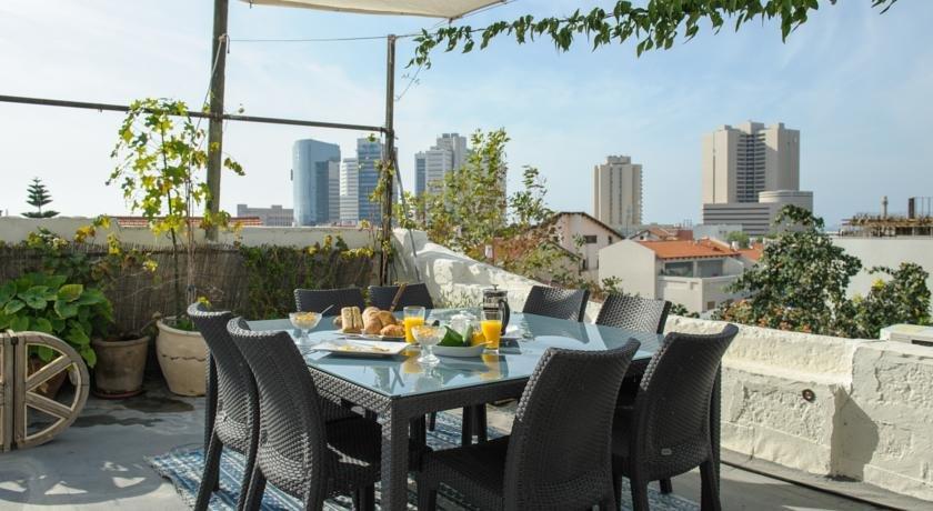 Neve Tzedek Original Style Apartments Image 18
