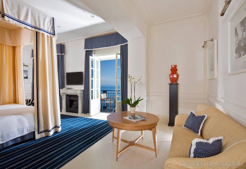 Jk Capri Place Image 1