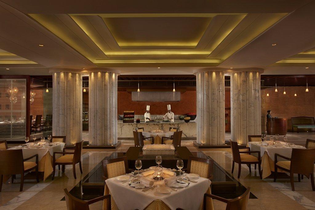 The Leela Ambience Hotel & Residences, Gurgaon Image 10