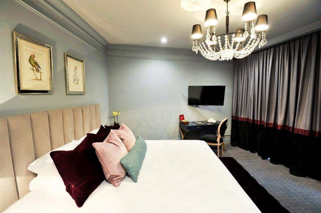 Royal Blue Hotel Image 5