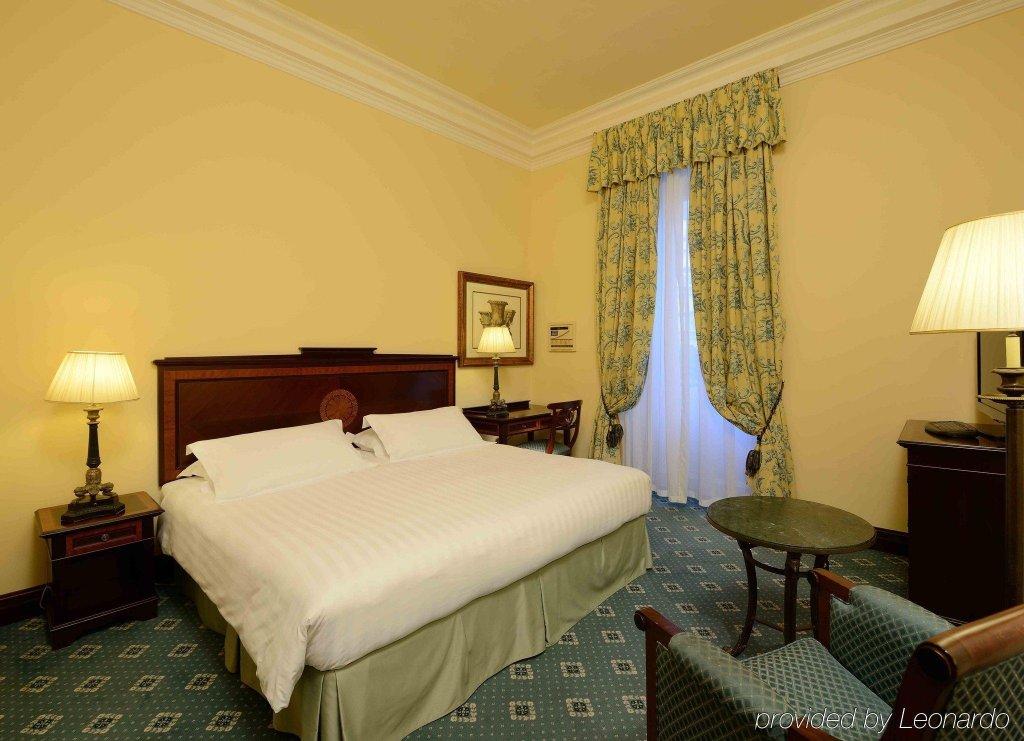 Rocco Forte Hotel De La Ville Image 8