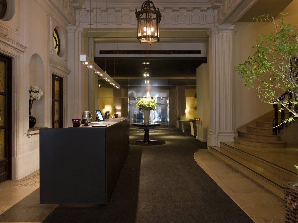 Grand Hotel Central, Barcelona Image 5
