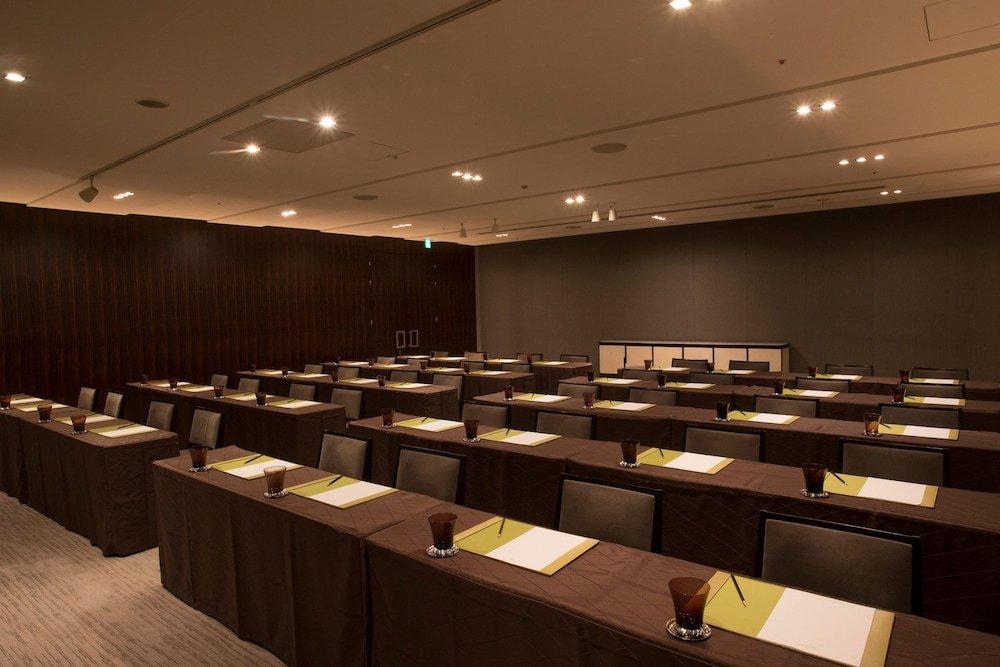Four Seasons Hotel Tokyo At Marunouchi Image 31