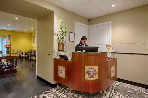 Caruso Place - Boutique & Wellness Suites, Naples Image 3