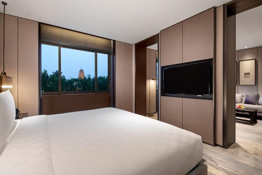Hualuxe Xian Tanghua, An Ihg Hotel Image 5