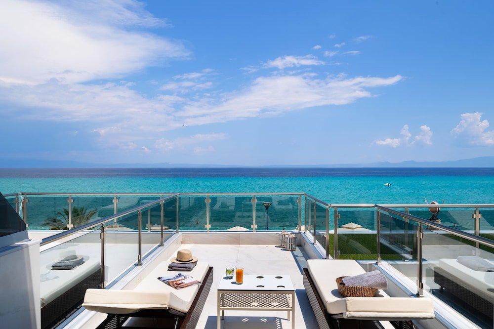 Sea Level Hotel Polychrono Image 19