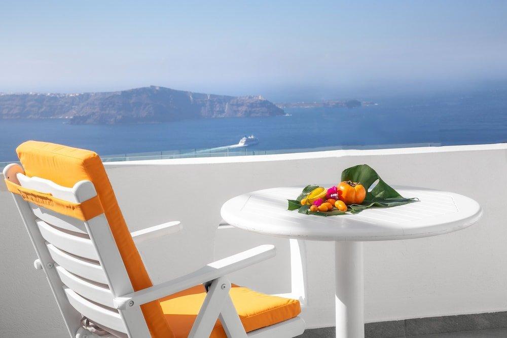 Abelonas Retreat, Santorini Image 28