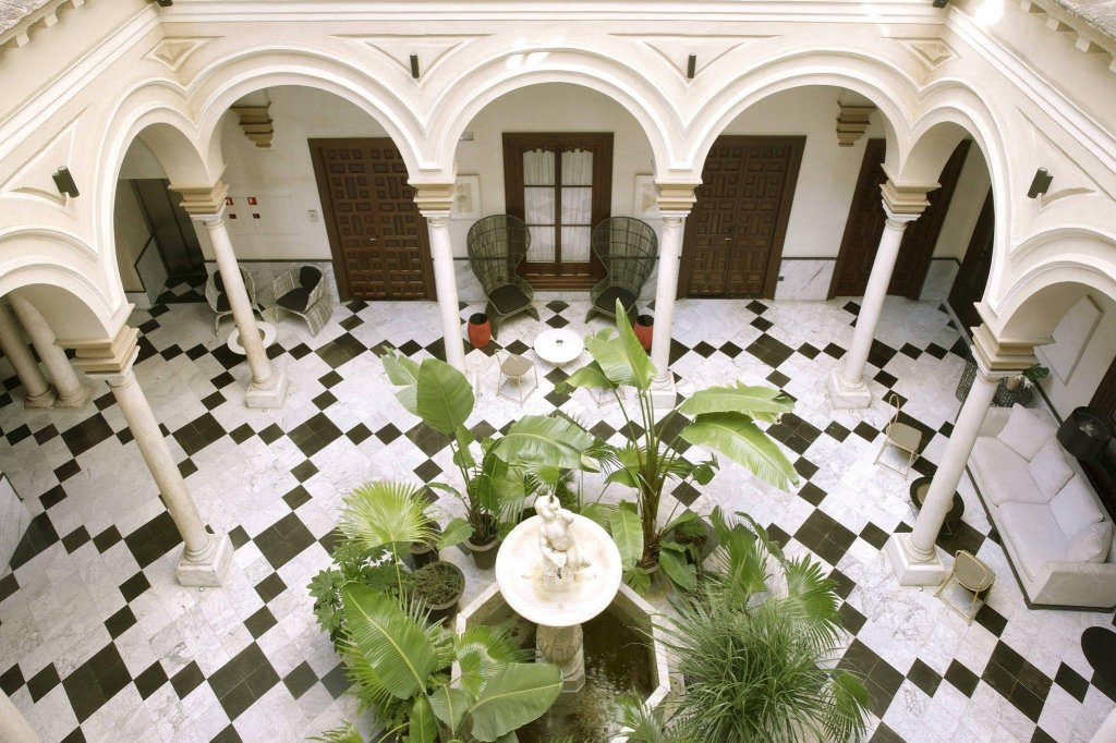 Hotel Palacio De Villapanes, Seville Image 12