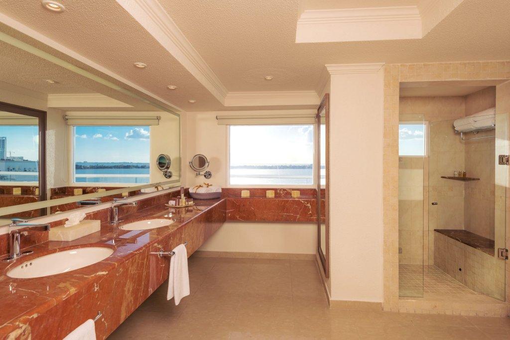 Panama Jack Resorts Gran Caribe Cancun  Image 44