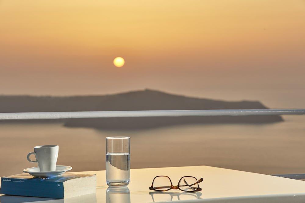 Astra Suites, Santorini Image 15