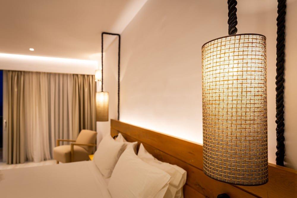 Eleals Hotel, Perama, Corfu Image 5